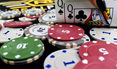 The Untold Secret To Gambling In Less