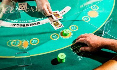 Seven Trendy Ways To improve On Online Casino